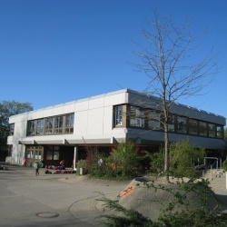 Gebäude6